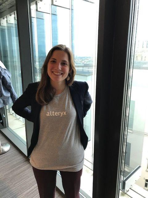 the alteryx brain-lady