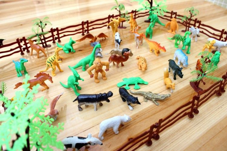 68pcs-BOHS-Simulation-Zoo-Solid-Animals-Dinosaurs-Park-Containing-Fence-Tiger-Action-Mini-Figures-Children-Model