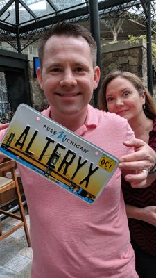 Traveling License Plate